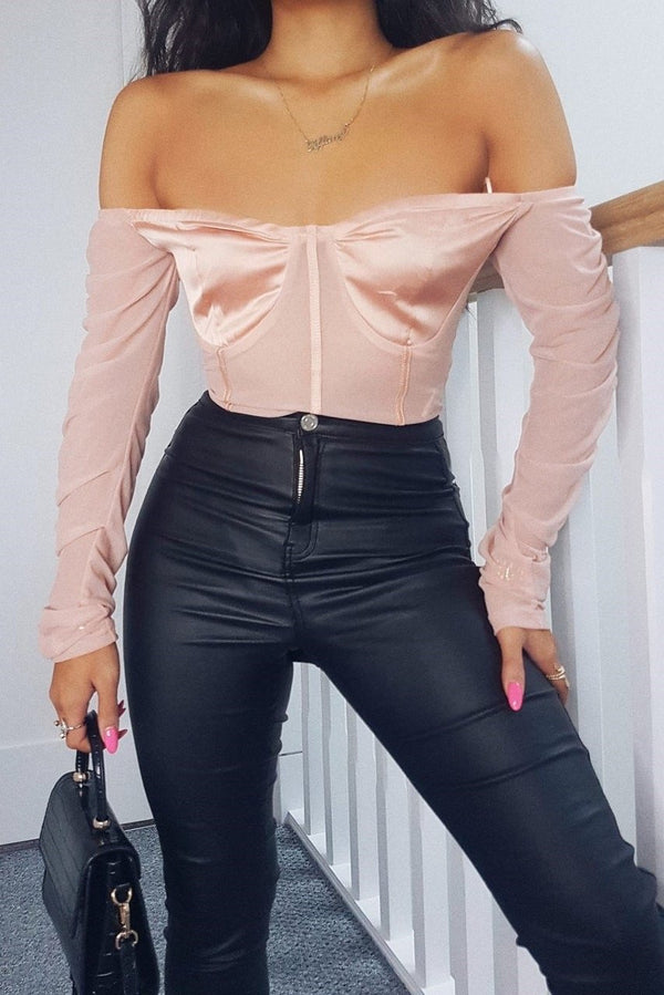 CASSIE Off Shoulder Long Sleeve Bodysuit - Pink