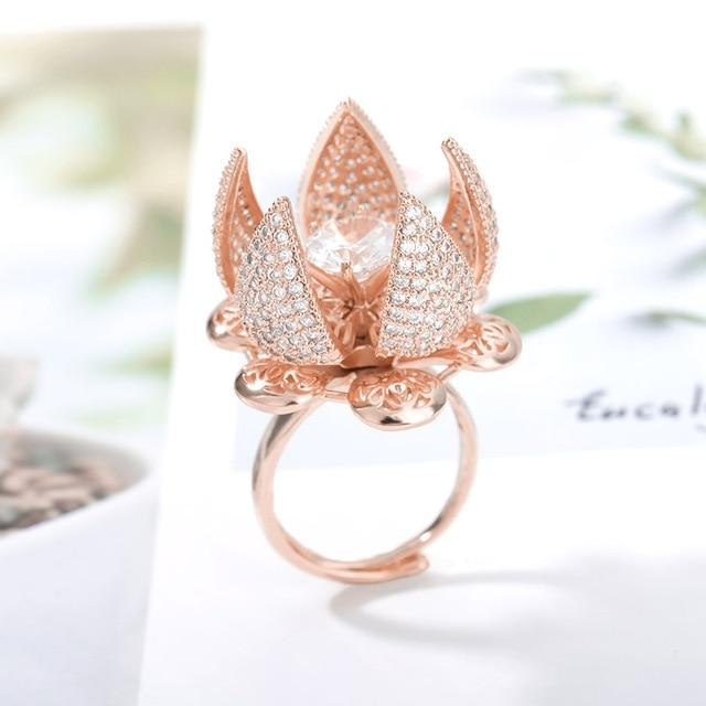 Isiah Adjustable Flower Blooming Ring