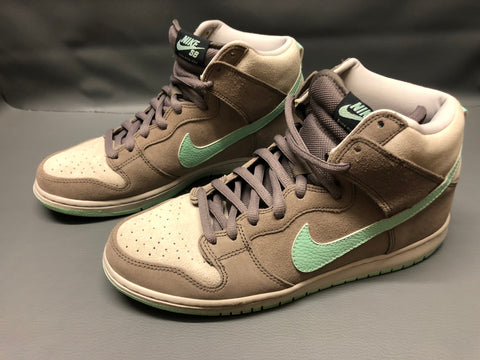 Soft Grey Mint | US10.5 EU44.5 | 2012