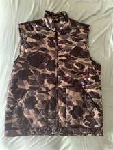 Load image into Gallery viewer, Carhartt Camo Vest XL