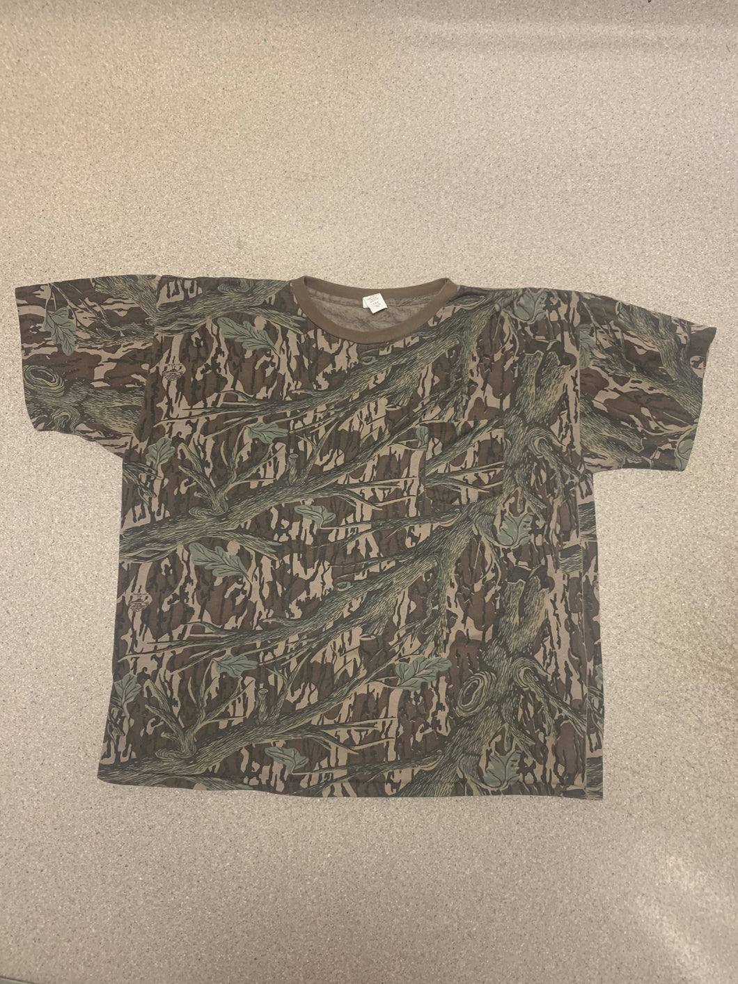 Mossy Oak Tree Stand Pocket Tee (L/XL)