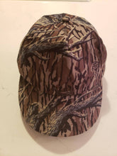 Load image into Gallery viewer, Vintage Cabelas Mossy Oak Original Treestand Hat
