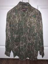 Load image into Gallery viewer, Browning Mossy Oak Green Leaf Shirt (S)