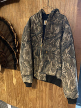 Load image into Gallery viewer, Carhartt Mossy Oak Tree Stand Active Jacket (large)