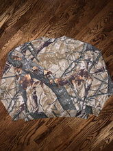 Load image into Gallery viewer, Rare Outfitters Ridge Fusion 3D Camo Sweatshirt
