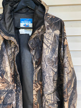 Load image into Gallery viewer, Walls Realtree Rain Jacket (S)