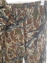 Load image into Gallery viewer, Vintage Cabelas Mossy Oak Original Treestand Jacket (XL) and Pants (L)
