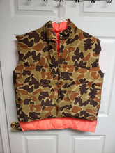Load image into Gallery viewer, Vintage XL Cabelas Camo/Orange Vest