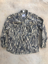 Load image into Gallery viewer, Rattler's Ducks Unlimited Shirt (L)