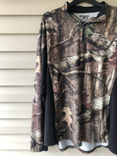Load image into Gallery viewer, Mossy Oak Break-Up Pullover (XXL)