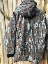 Load image into Gallery viewer, Conceal Trebark Reversible Parka (L/XL)