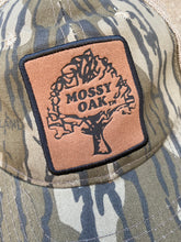 Load image into Gallery viewer, Mossy Oak Snapback