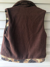 Load image into Gallery viewer, Columbia Old School Reverisible Vest (M)