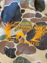 Load image into Gallery viewer, Pine County Ducks Unlimited Jacket (L)