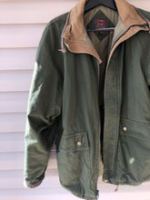 Load image into Gallery viewer, Duxbak Jacket (L)