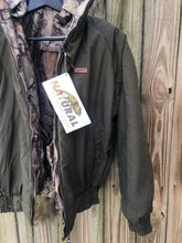 Load image into Gallery viewer, Woolrich Natural Gear Reversible Jacket (M/L)