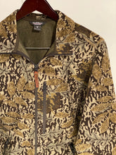 Load image into Gallery viewer, Woolrich Camo Jacket (M)