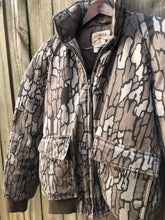 Load image into Gallery viewer, Cabela's Trebark Jacket (L)