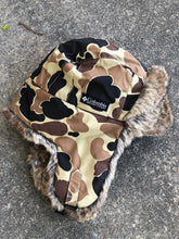 Load image into Gallery viewer, Columbia Trapper Hat (M/L)