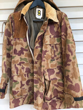 Load image into Gallery viewer, Bob Allen Ducks Unlimited Jacket (M)