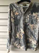 Load image into Gallery viewer, Sasquatch Mossy Oak Pocket Light Shirt (M/L)