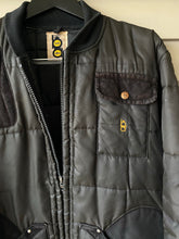 Load image into Gallery viewer, Bob Allen Range Jacket (L)