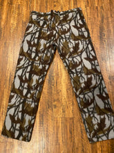 Load image into Gallery viewer, Cabela's Pants (XL)