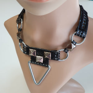 Cyberdelic Choker Triangle and Circles Musta