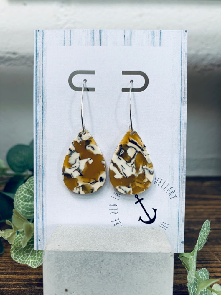 Jewellery | Acrylic teardrop earrings