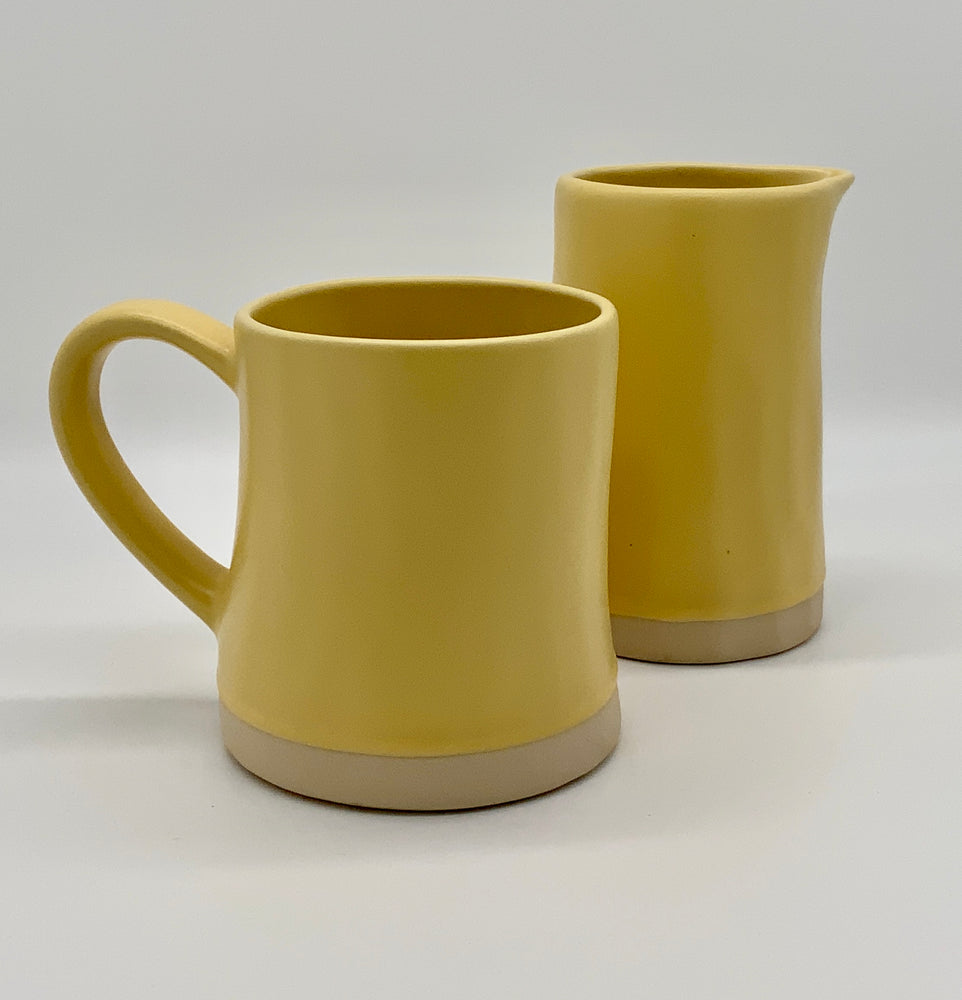Gifts | Organic jug/carafe yellow