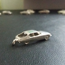 Load image into Gallery viewer, Citroen SM 1:148