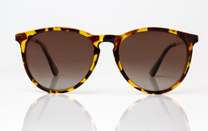 Eversley | Tortoiseshell Gloss | Size: 57-18-140