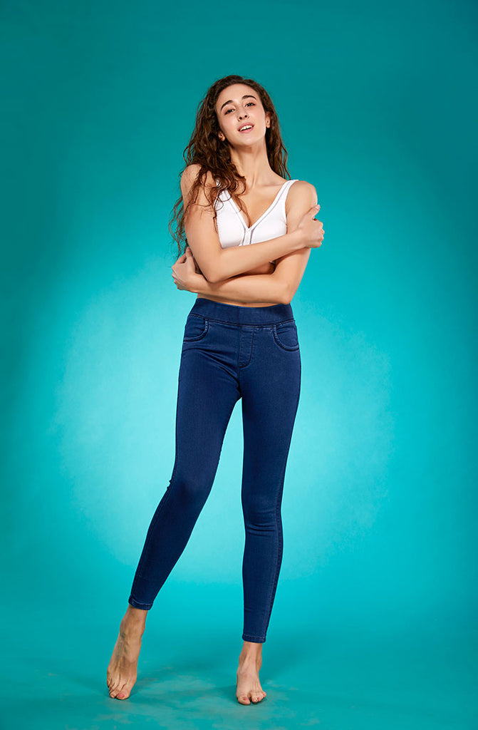 Front Side InBlue Denim Leggings With Stretchable Skinny Fit