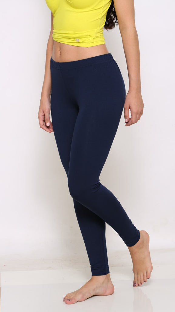 Navy ankle fit leggings