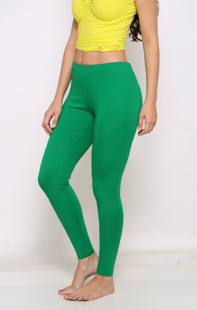 Green ankle stretchable leggings