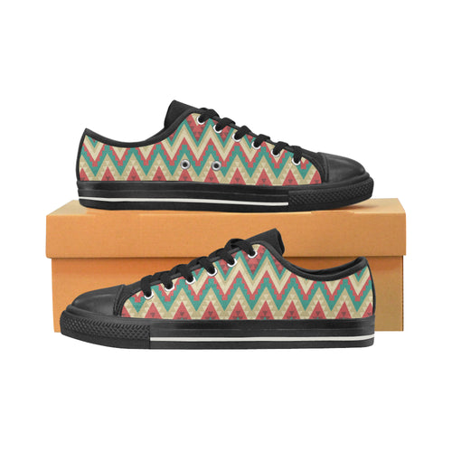 Zigzag Chevron Pattern Men's Low Top Canvas Shoes Black