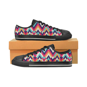 Zigzag Chevron Pattern Background Men's Low Top Canvas Shoes Black