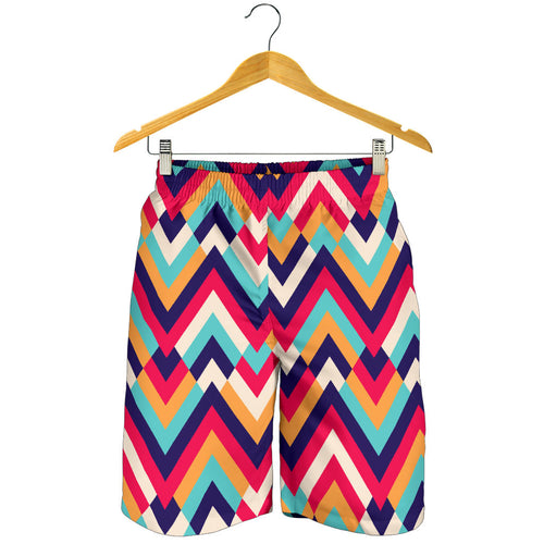Zigzag Chevron Pattern Background Men Shorts