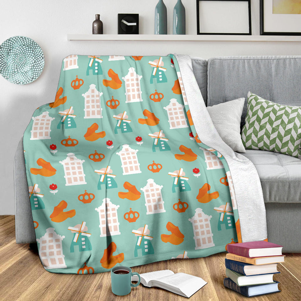 Windmill Pattern Theme Premium Blanket