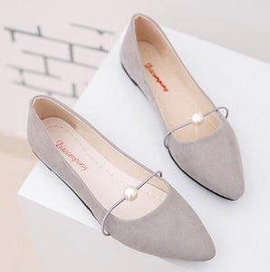 Shoes women spring 2018 new pearl shallow-mouthed chic single shoes 100 lap flat shoes Korean version 100 lap women's shoes