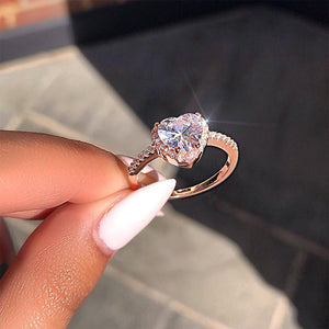 Fashion Heart Shaped Crystal Ring Wedding Ring Female Engagement Ring Charm Jewelry 2019 Ring Party Gift