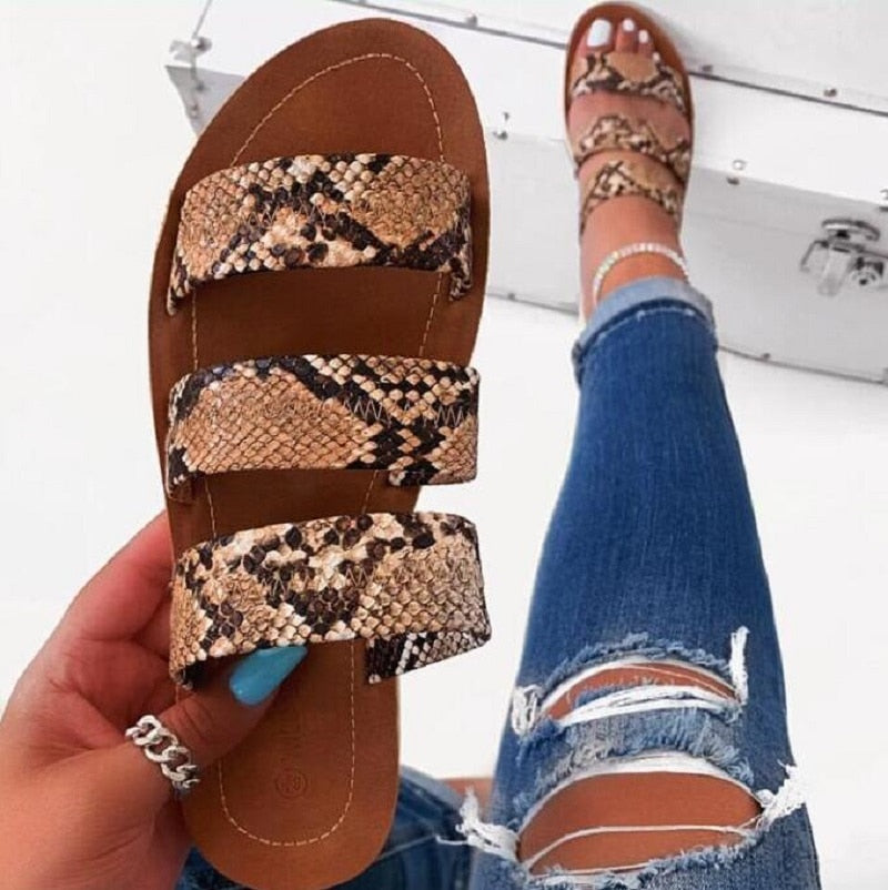 2019 women fashion wild beach shoes Snake totem three-layer non-slip outdoor slippers sandals flat bottom ladies slippers