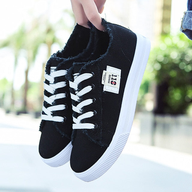 Casual shoes woman 2019 new arrival lace-up canvas shoes spring/autumn fashion shallow solid blue/black/white shoes