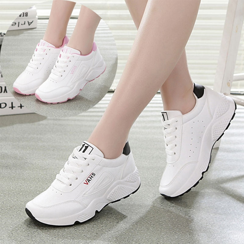 2020 New Winter Women Shoes Warm Fur Plush Lady Casual Shoes Lace Up Fashion Sneakers Platform Snow Boots Big Size 40