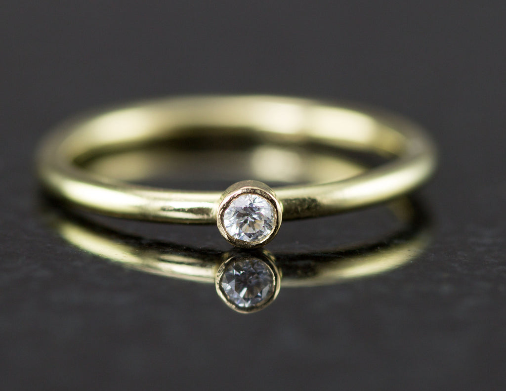 14k Petite Diamond Ring