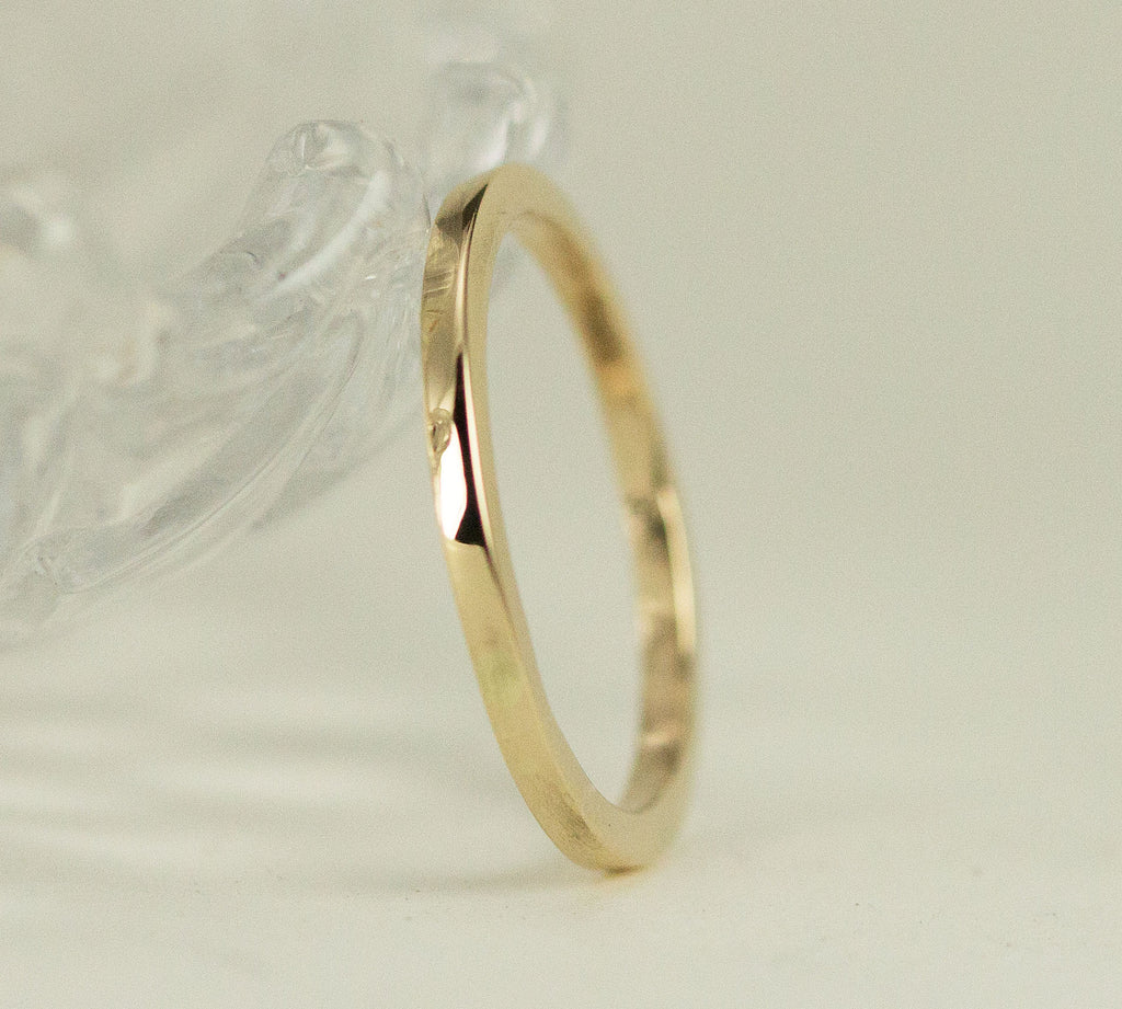 14k Gold Square Band