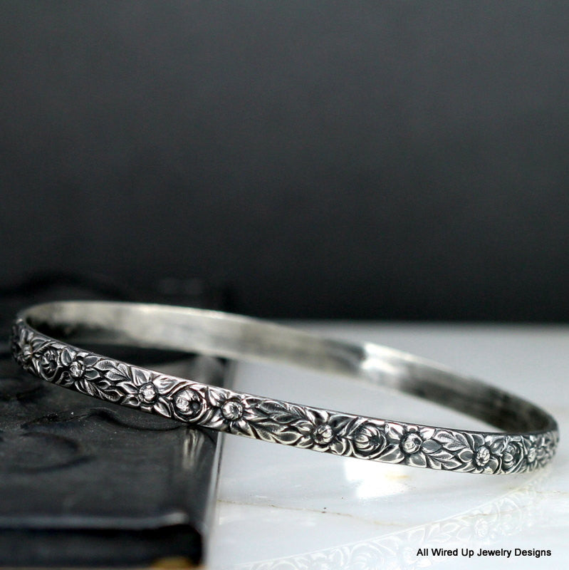 flower-pattern-wide-bangle-all-wired-up-jewelry-designs