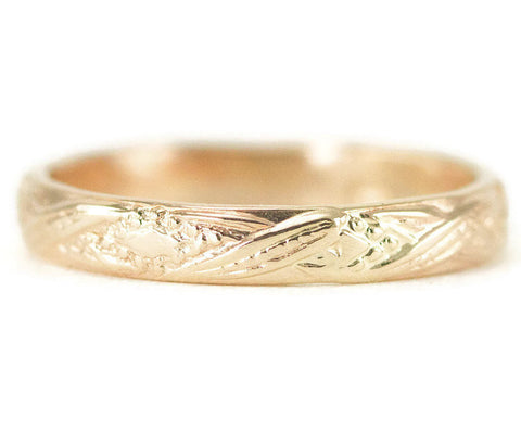 Gold Engraved Wedding Band - Vintage Style Yellow Gold Ring