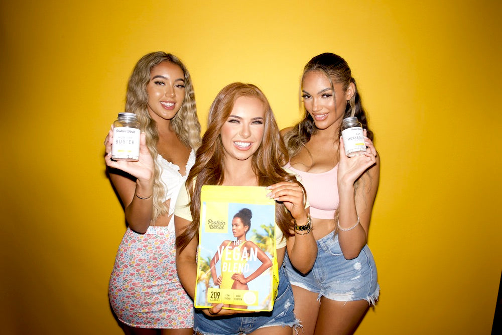 demi jones, carina griff and model with protein world vegan blend and capsules