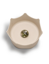 Load image into Gallery viewer, NATURAL CALICO CRYSTAL PET BOWL